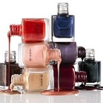 Choosing nail colors