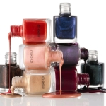 Choose the Right Nail Polish Based on Your Skin Tone