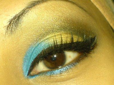 Shimmer Eye Make Up
