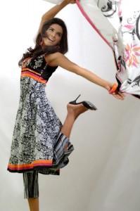 Popular color schemes in summer wear