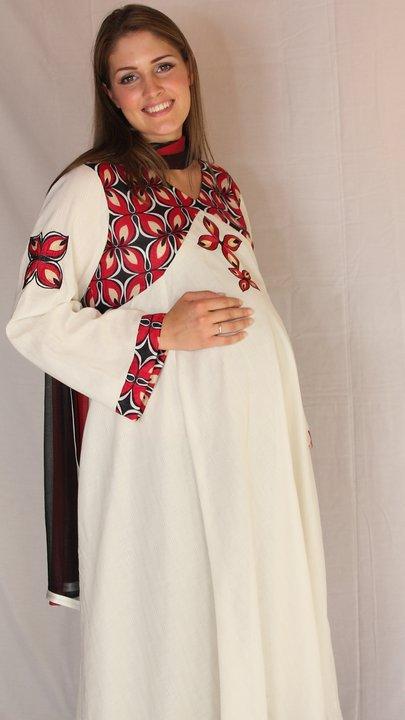 a5502a1033d0b Positive-Designer Maternity Wear by Samar Mehdi's Photos - Positive ...