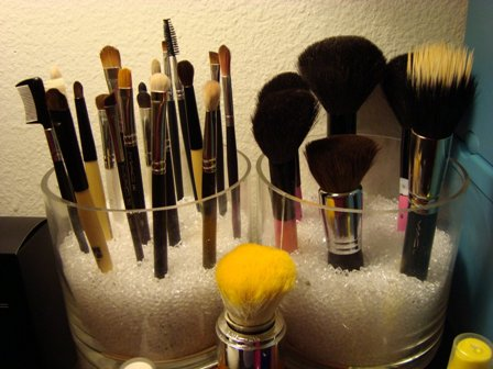 Knowing Makeup Brushes