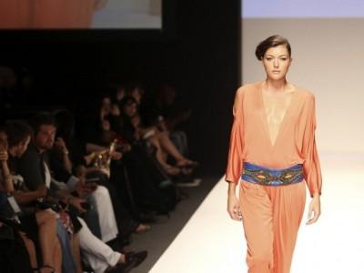 Islamic fashion Dubai Abaya