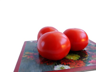 Tomatoes Help Fight Acne