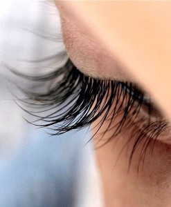Flutter your Eyelashes