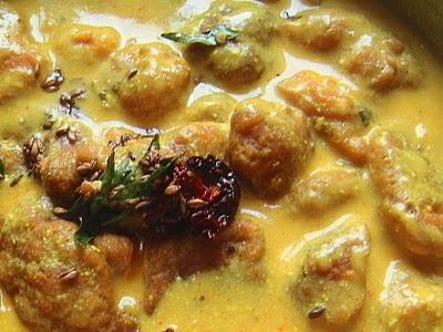Making Traditional Karhi with Pakora