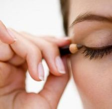 Prevent Eyeliner From Running