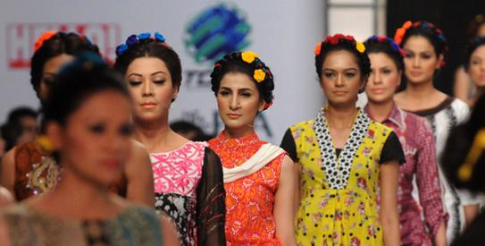 Showcase Fashion Show Karachi