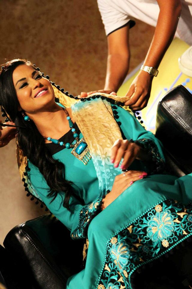 Veena Malik back with Ramadan show