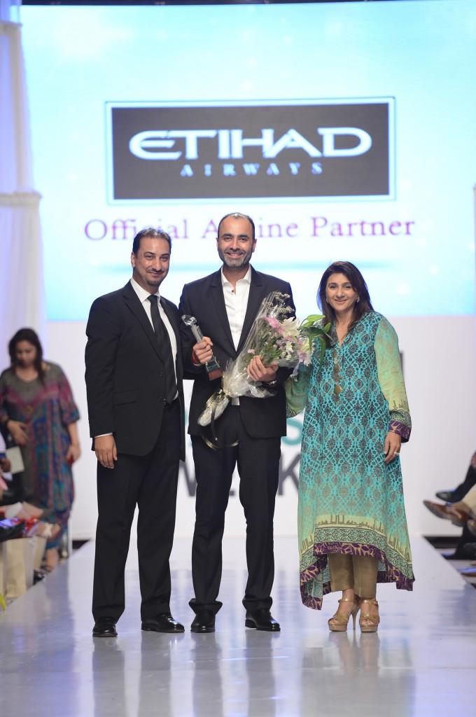 Etihad Diamond Designer Award at FPW4 2012 Deepak Perwani