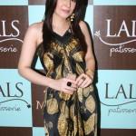 Lals patisserie Launch in Karachi Ayesha Omer