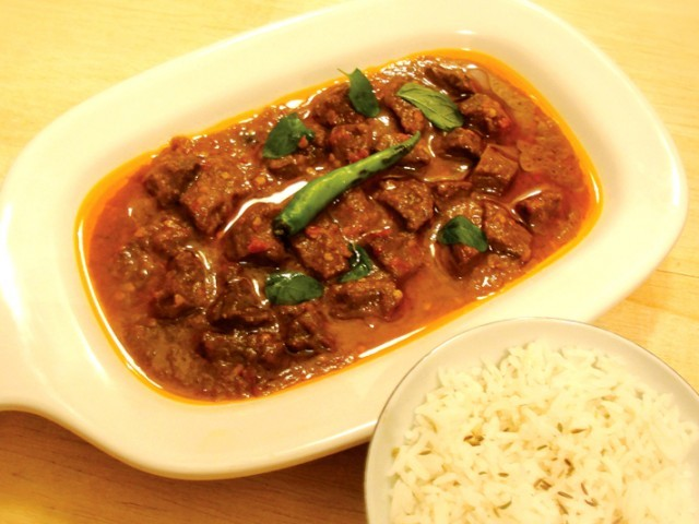 Spicy Beef with Tamarind (Khatta Gosht)
