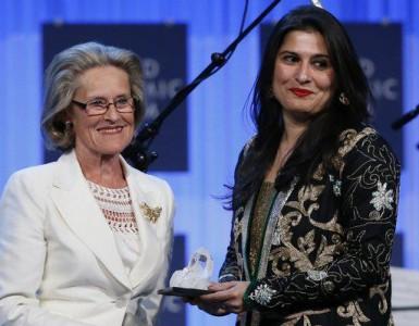 Sharmeen Chinoy crystal Award