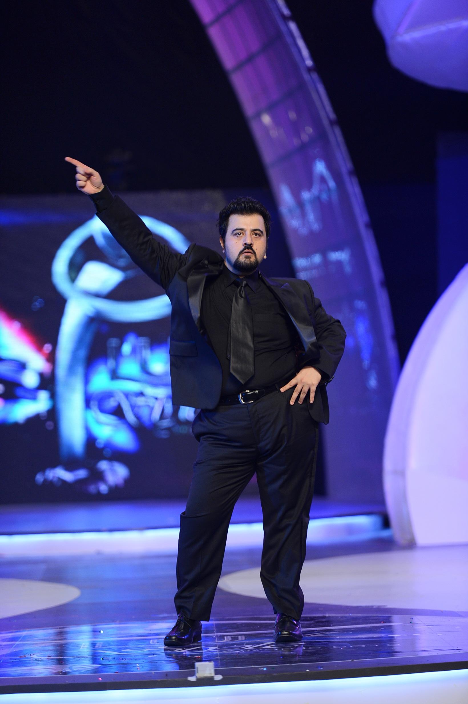Ahmed Ali butt host Lux style Award 2013