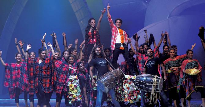 Humaima & Ali Zafar @ LSA 2012 (2)