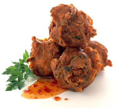 Enjoy Yummy pakoray in rainy season