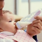 Baby Bottles: When to Wean