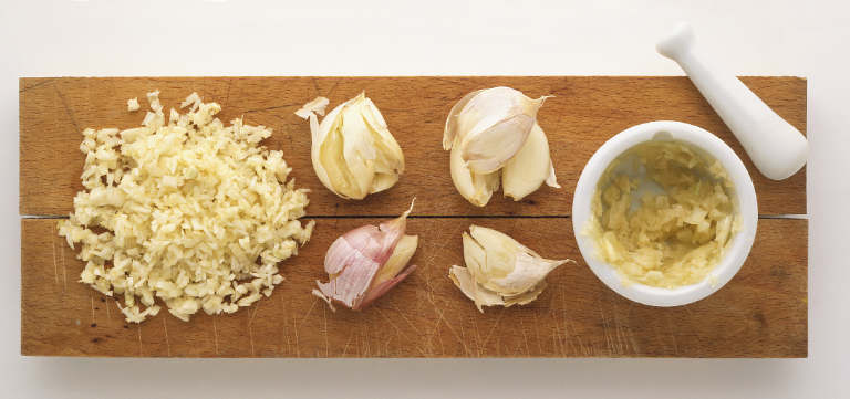 Garlic chopping mincing tips