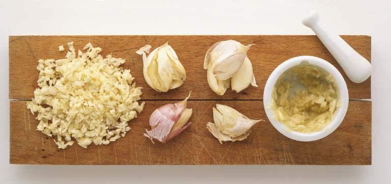 Garlic chopping mincing tips