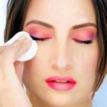 Gentle Eye Makeup Removal Tips