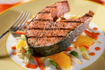 Eating Fish Found to Ward Off Eye Disease