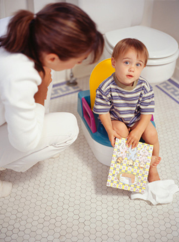 Toddler Potty Training: Signs of Readiness