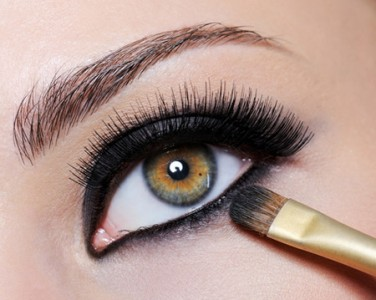 Smokey Eye Makeup to grab attention