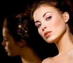 Look Gorgeous With Airbrush Makeup