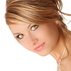 What Type of Makeup Works for Hazel Eyes