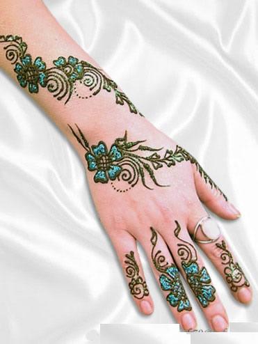 Mehndi Designs for Eid 2011