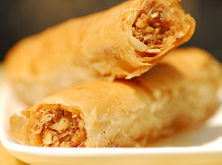 Dessert baklava: delicious Arab coffee cigars