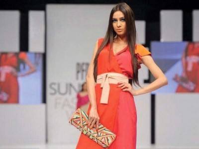 PFDC Fashion week kamiar rokni clutch