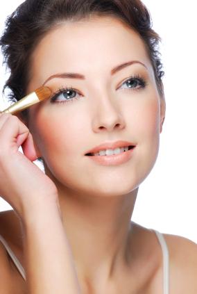Do It Yourself Tips, on How to Applying Eyeshadow