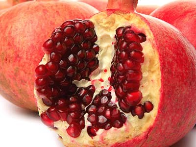 Pomegranate is Best for The Skin