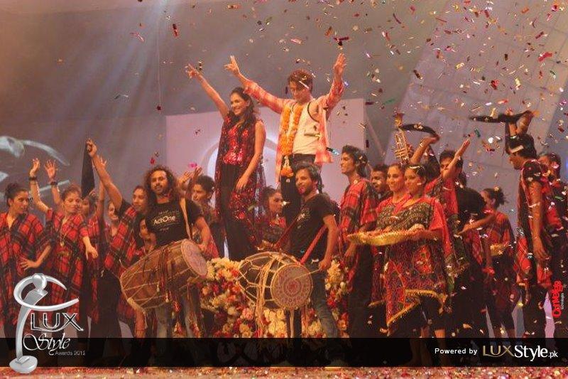 Ali Zafar lux style awards 2012