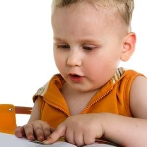 Taking folic acid may prevent speech delays in babies