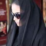 Veena Malik in a Burqa on Streets of Mumbai