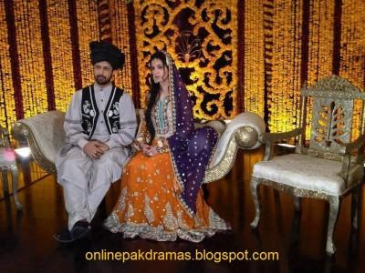 Atif Aslam Sara bharwana Mehndi photo