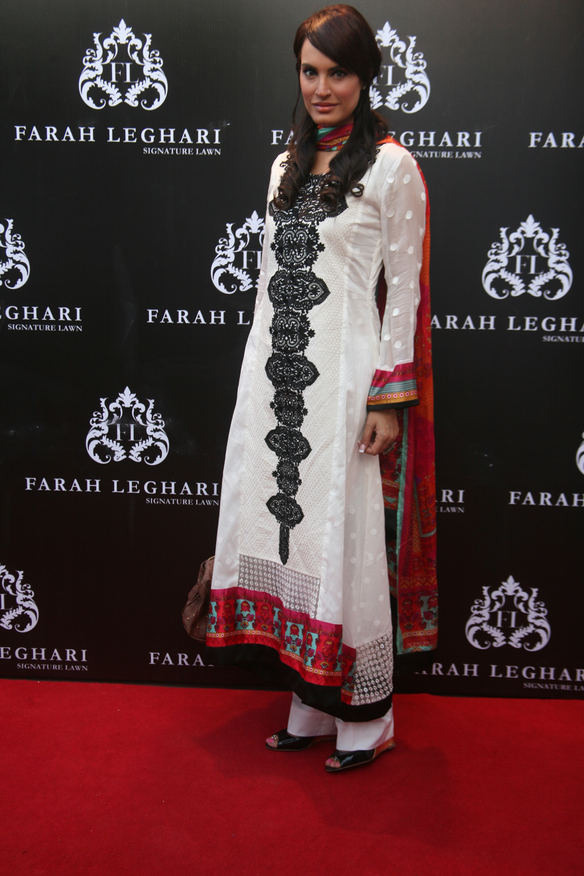 Farah Leghari's big come back with lawn prints 2013
