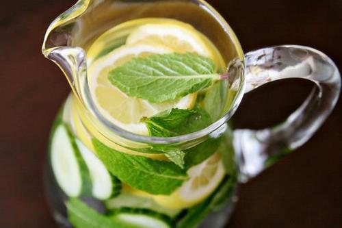 Lemon, Mint and Cucumber – The Delicious Detox